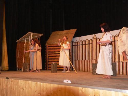Divadlo Dívčí válka leden 2012034.jpg