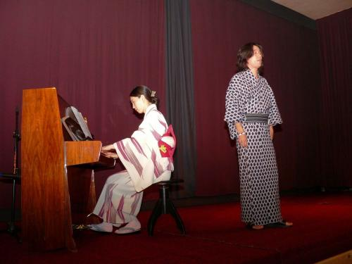 Japonsko-moravský koncert: Noritaro Dei - zpěv, Mana Nemoto - klavír